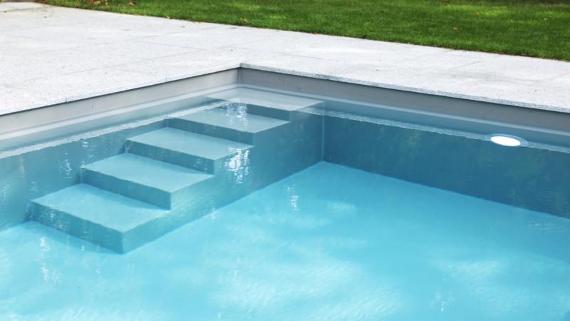 Schwimmbadtreppe 1