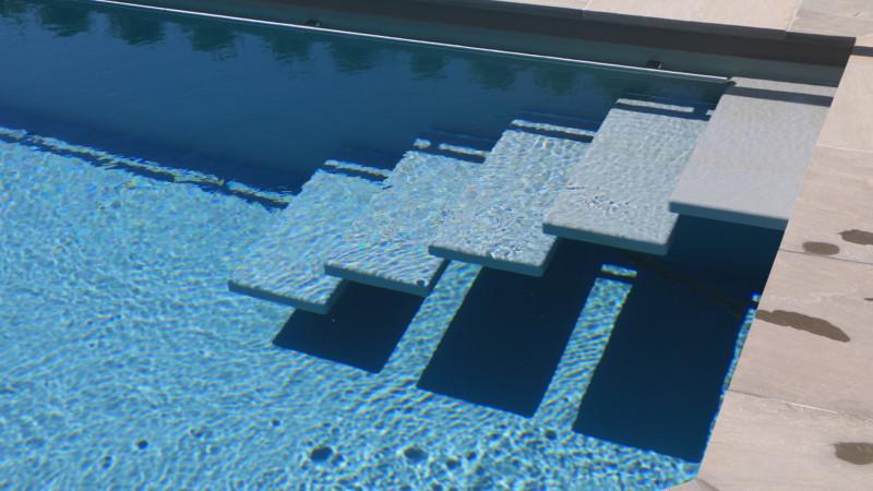 Schwimmbadtreppe 2